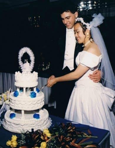 Scott and Caroline Ceniza-Levine wedding picture