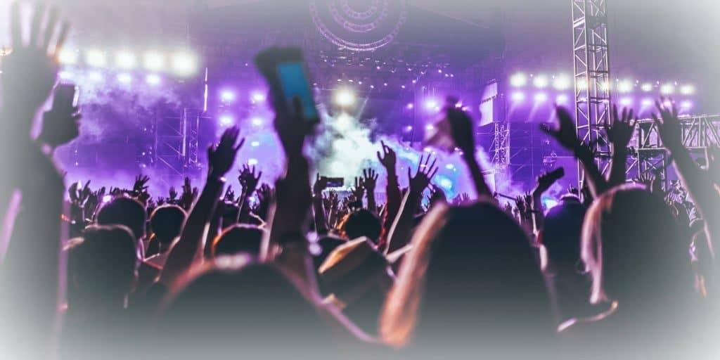 lifetime fans at concert 2