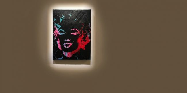 invest in masterpieces such as this Warhol of Marilyn Monroe with Masterworks