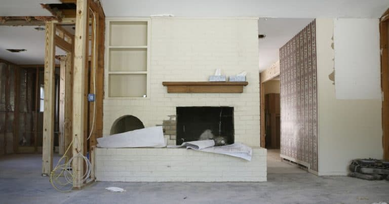 Live In House Flipping: A Good RE Investing Strategy?