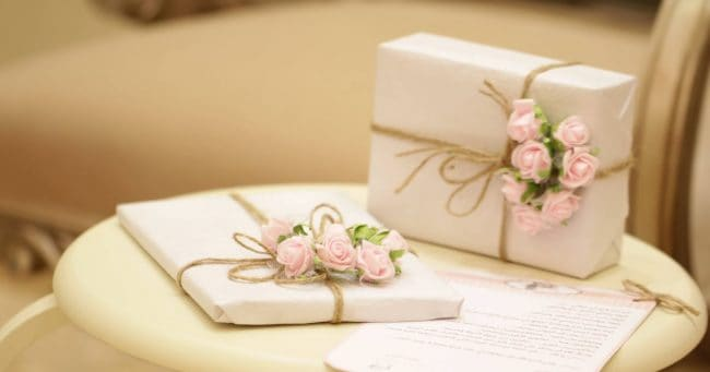 wedding gifts on small round table