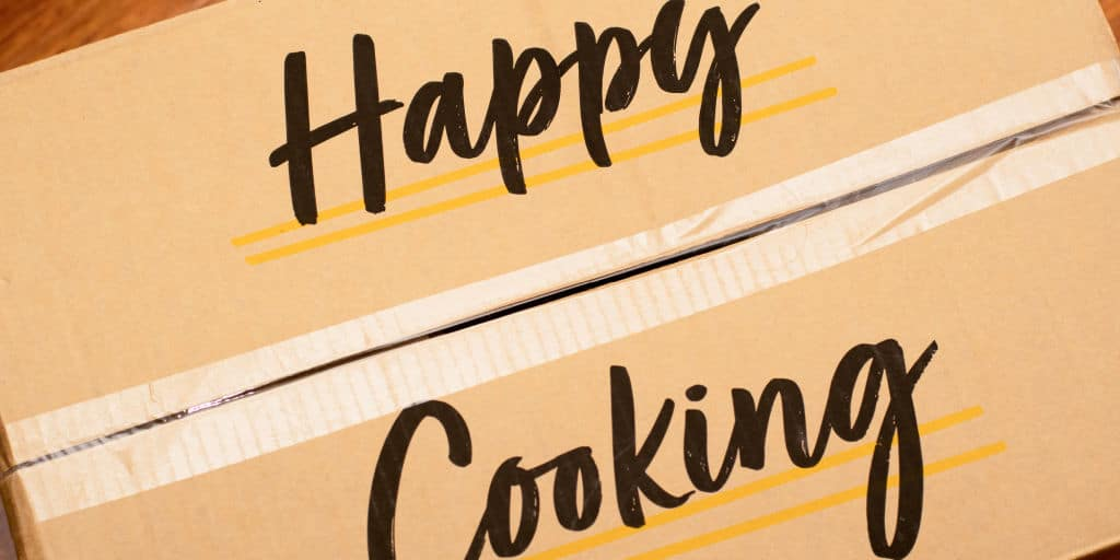 happy cooking written on meal kit box